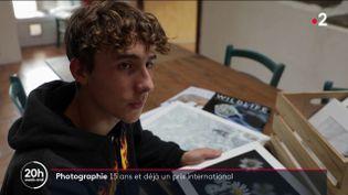 Il y a quelques semaines, un jeune Français remportait un des prix d'un concours de photographie organisé par le musée d'histoire naturelle de Londres. (Capture d'écran France 2)