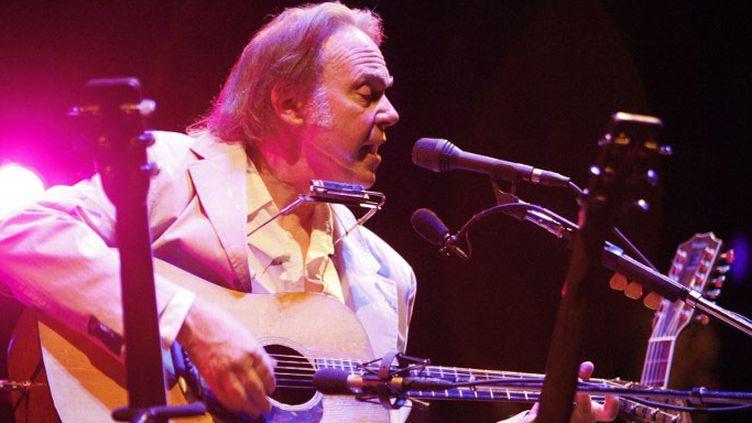 Neil Young en concert au Grand Rex, Paris 2008  (GERARD JULIEN / AFP)
