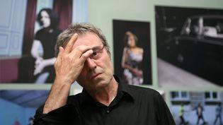 Le photographe Claude Gassian lors des Rencontres d'Arles (Bouches-du Rhône) le 8 juillet 2010 (DELPHINE GOLDSZTEJN / MAXPPP)