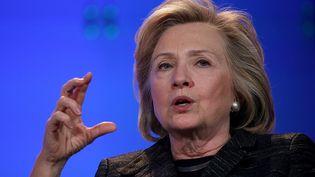Hillary Clinton prend la parole lors d'une Conférence pour les femmes à Santa Clara en Californie, le 2' février 2015. (JUSTIN SULLIVAN / GETTY IMAGES NORTH AMERICA/ AFP)