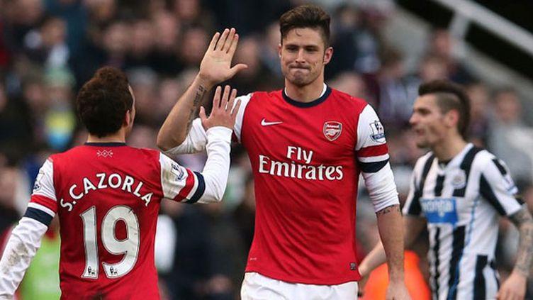 Olivier Giroud et Santi Cazorla, les joueurs d'Arsenal