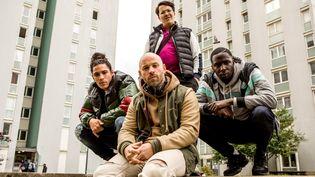"""Les quatre acteurs de la série """"Validé"""" : de gauche à droite (en bas) Clément Hatick, Franck Gastambide, Saïdou Camara et en haut Brahim Bouhlel. (MIKA COTELLON / CANAL+)"""