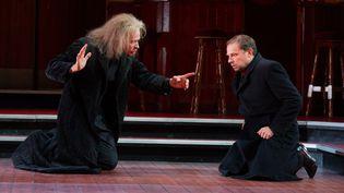 Eric Ruf (le Spectre) et Denis Podalydès (Hamlet)  (Cosimo Mirco Magliocca)