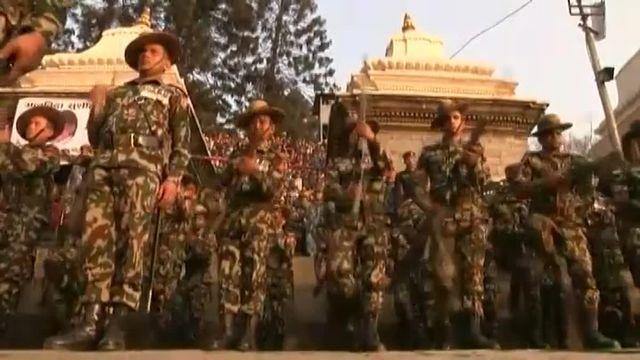Funérailles nationales pour le Premier ministre népalais mort à 78 ans