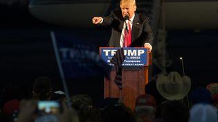 Donald Trump, candidat aux primaires républicaines, lors d'un meeting à Millington (Tennessee, Etats-Unis), le 27 février 2016. (MICHAEL B. THOMAS / AFP)