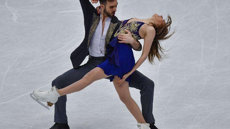 Guillaume Cizeron et Gabriella Papadakis lors des championnats du monde 2017 (JOHN MACDOUGALL / AFP)