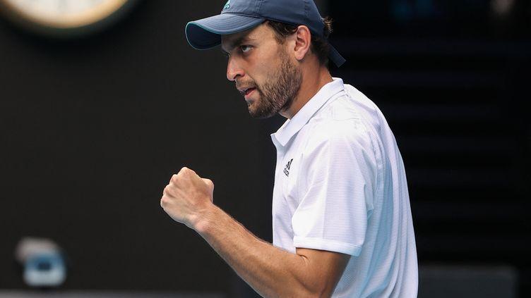 Le russe Aslan Karatsev s'est qualifié pour les demi-finales de l'Open d'Australie.  (DAVID GRAY / AFP)
