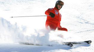 Michael Schumacher skie à Madonna di Campiglio (Italie), en janvier 2006. (NPA / WENN.COM / SIPA)