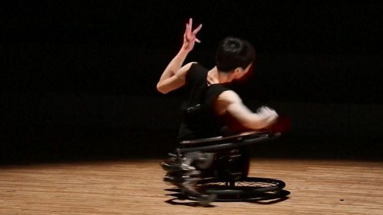 Le danseur japonais Kenta Kambara (FRANCEINFO)