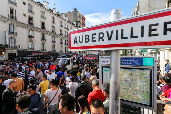 Un rassemblement à Aubervilliers après la mort de Zhang Chaolin, le 21août 2016. (MICHEL STOUPAK / CITIZENSIDE)