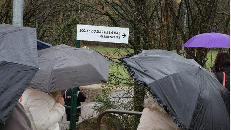 (Le choc dans la commune de Villefontaine en Isère © MAXPPP)