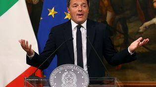 La démission de Matteo Renzi pourrait avoir des conséquences sur le système bancaire italien (ALESSANDRO BIANCHI / REUTERS)