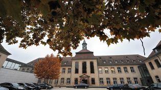 Vue de la cour intérieure de l'Ecole Nationale d'Administration en 2011. (PATRICK HERTZOG / AFP)