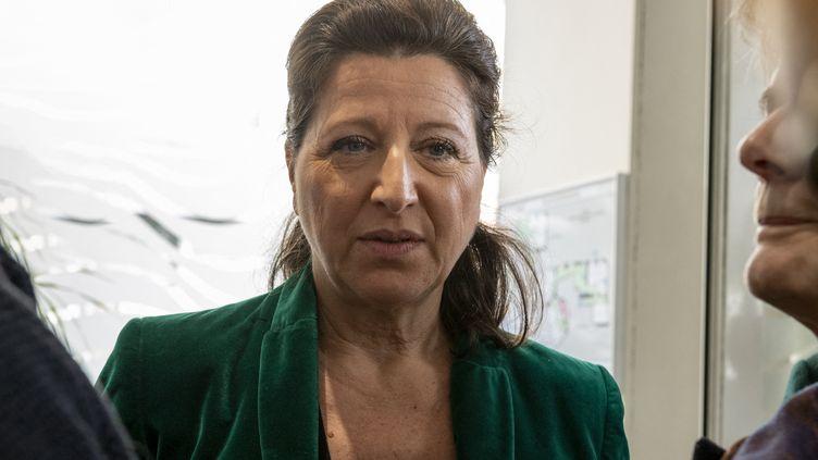 Agnès Buzyn, alors candidate à l'élection municipale à Paris après sa démission du ministère de la Santé, le 7 mars 2020. (SERGE TENANI / HANS LUCAS / AFP)