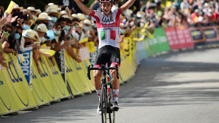 Au terme d'un numéro en solitaire magnifique, Davide Formolo (UAE) a remporté la troisième étape du Dauphiné (ALEX BROADWAY / POOL)