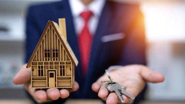 Les conditions d'accès au crédit immobilier pour le 1er janvier 2022 : des restrictions annoncées. (Illustration) (KRISANAPONG DETRAPHIPHAT / MOMENT RF / GETTY IMAGES)