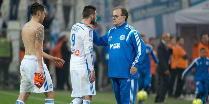 André-Pierre Gignac, Lucas Ocampos et Marcelo Bielsa déçus après la gifle reçue face à Lorient