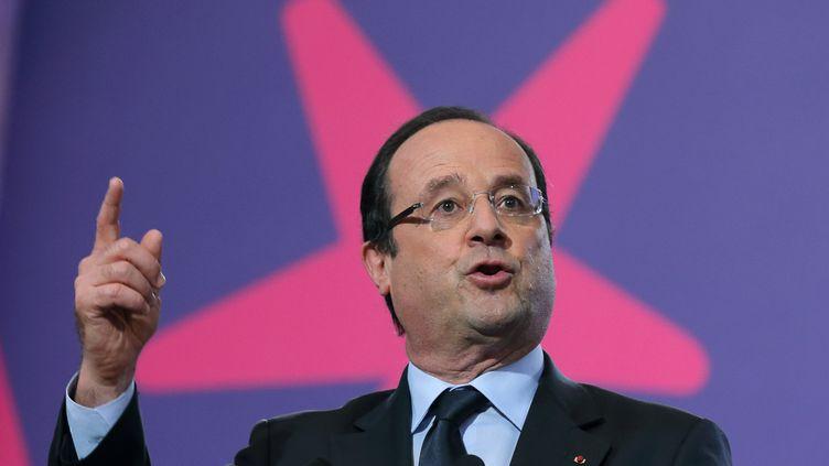 François Hollande lors de l'ouverture de la deuxième conférence sociale de son quinquennat, à Paris, le 20 juin 2013. ( PHILIPPE WOJAZER / REUTERS)