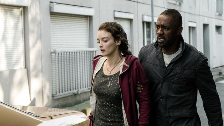 """Charlotte Le Bon et Idris Elba dans """"Bastille Day""""  (Studio Canal)"""