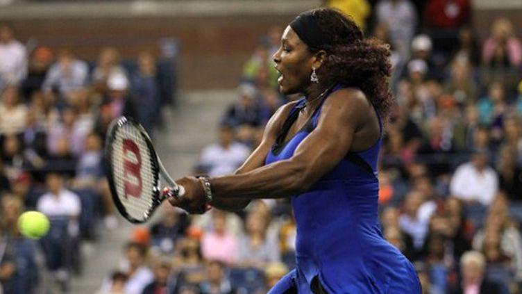 Serena Williams a joué sur sa puissance pour franchir le premier tour