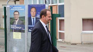 Le député La République en marche Christophe Arend, alors candidat, après avoir voté au second tour de l'élection législative, à Petite-Rosselle (Moselle), le 18 juin 2017. (MAXPPP)