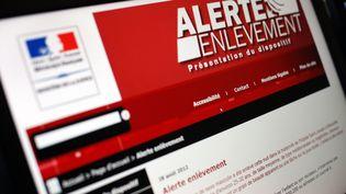 """Le site du ministère de la Justice présente le dispositif """"Alerte Enlèvement"""", le 28 août 2012. (THOMAS COEX / AFP)"""