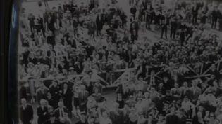 Le tout premier journal télévisé de l'histoire a 70 ans. C'était en juin 1949, et au départ, aucun présentateur ne l'incarnait. (FRANCE 2)