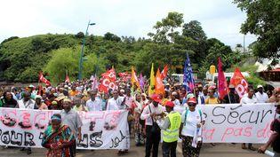 Une manifestation contre l'insécurité à Mayotte, le 20 février 2018. (ORNELLA LAMBERTI / AFP)