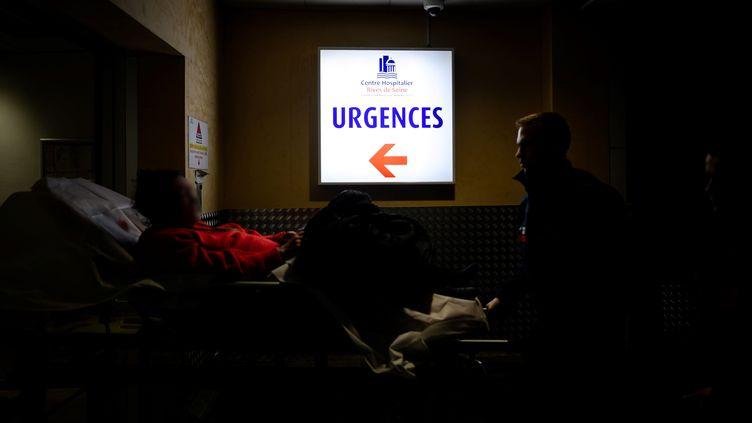Service d'urgences à Paris (illustration). (PHILIPPE LOPEZ / AFP)