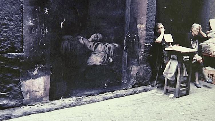 """""""Naples"""" vu par Ernest Pignon-Ernest  (France 3 / Culturebox / capture d'écran)"""