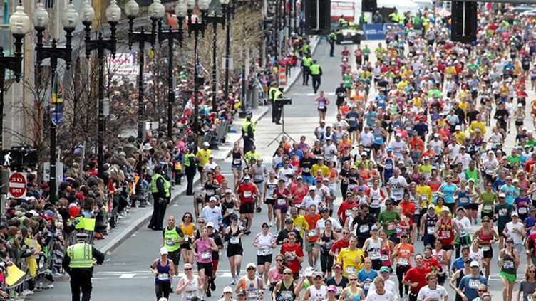 La foule des coureurs du marathon de Boston (JIM ROGASH / GETTY IMAGES NORTH AMERICA)