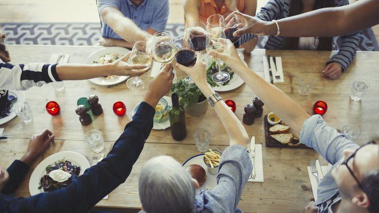 """La revue """"The Lancet"""" a publié, le 23 août 2018, une vaste étude sur la fréquence et l'impact de la consommation d'alcool. (CAIA IMAGE/SCIENCE PHOTO LIBRARY / NEW / AFP)"""