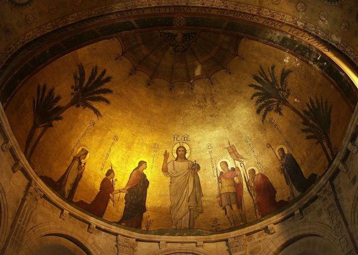 Plafond de la basilique d'Ainay de Lyon réalisée parHippolyte Flandrin (Jean-Pierre Boursier - Creative Commons)