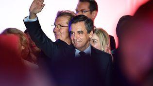 Le candidat de la droite et du centre à la présidentielle François Fillon, lors d'un meeting à Nîmes (Gard), le 2 mars 2017. (PASCAL GUYOT / AFP)