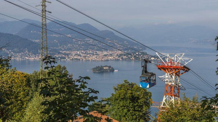 Le téléphérique de Stresa, dans le Piémont, en Italie, le 11 septembre 2018. (FRANK FELL / ROBERT HARDING PREMIUM / AFP)