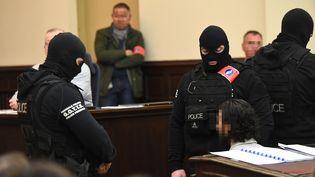 Au premier jour de son procès, lundi 5 février 2018 à Bruxelles, Salah Abdeslam a exprimé au tribunal son refus de répondre aux questions. (EMANUEL DUNAND / AFP)