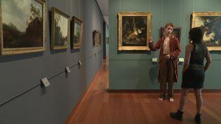 Speed dating avec des personnages de tableaux au mba de Caen (CAPTURE D'ÉCRAN FRANCE 3)