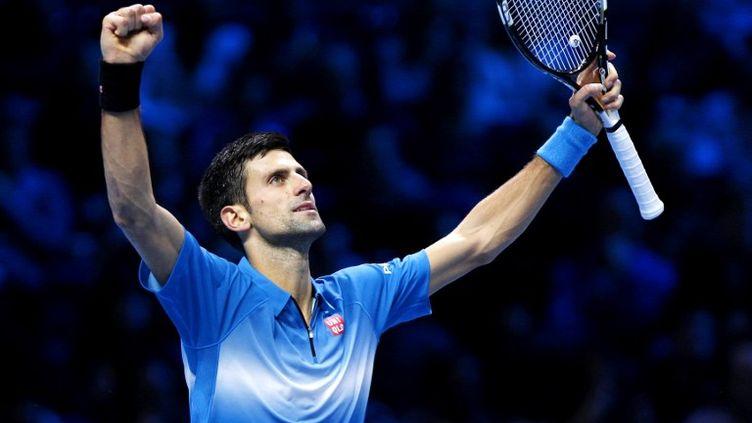 Novak Djokovic, heureux après son quatrième sacre consécutif aux Masters de Londres ! (ELLA LING / BACKPAGE IMAGES LTD)