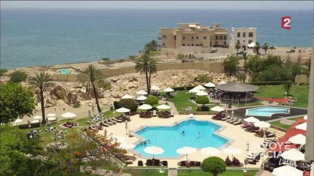 Envoyé spécial. Le sultanat d'Oman manque d'eau potable à cause du tourisme