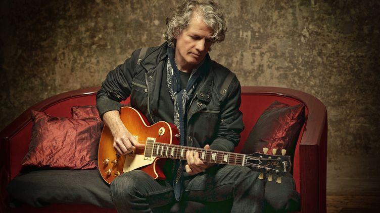 Paul Personne et sa guitare fétiche : Une Gibson Les Paul (ERIC MARTIN)