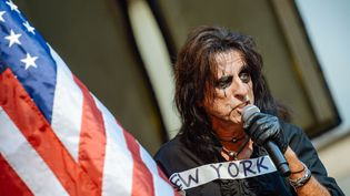 (Alice Cooper en concert à New York en août 2015 © AFP/ Grant Lamos)