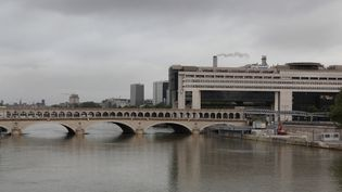Selon l'Insee, la croissance française était de 1,6% en 2018. (MANUEL COHEN / AFP)