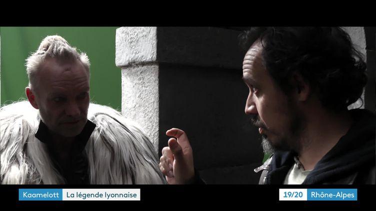 """Sting et Alexandre Astier sur le tournage de """"Kaamelott-premier volet"""" (Fred Mortagne - Regular)"""