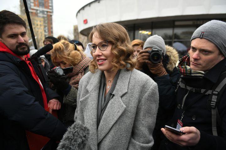 La candidate à l'élection présidentielle russe Ksenia Sobtchak, le 11 mars 2018 à Moscou. (MAKSIM BLINOV / SPUTNIK / AFP)