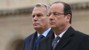 Le Premier ministre, Jean-Marc Ayrault, et le président de la République, François Hollande, le 7 mars 2013 à Paris. (GUIBBAUD / POOL / SIPA)