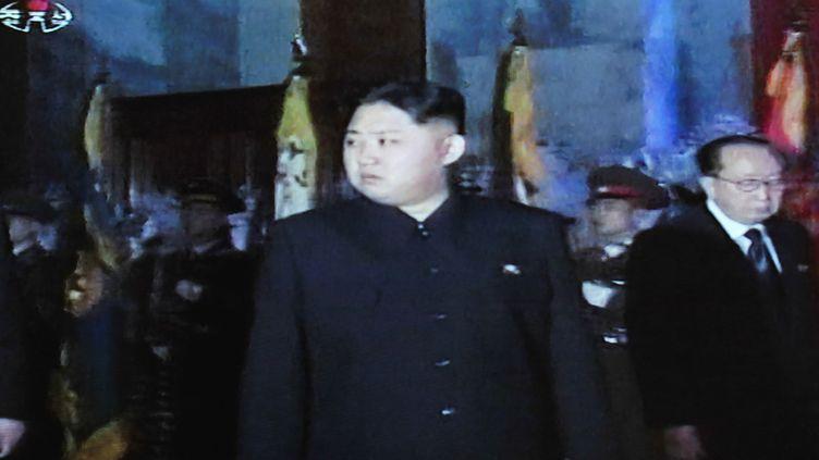 Capture d'écran de la télévision nord-coréenne montrant Kim Jong-un le 23 décembre 2011 à Pyongyang (Corée du Nord). (AFP)