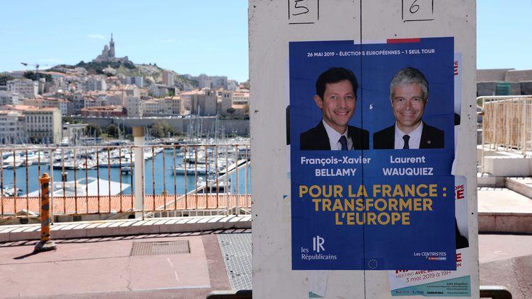 Affiches électorales pour les élections européennes à Marseille, le 13 mai 2019. (NICOLAS VALLAURI / MAXPPP)