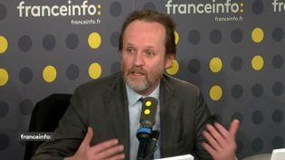 Le producteur de spectacles, Jean-Marc Dumontet, invité de franceinfo le 9 mars 2020. (FRANCEINFO / RADIO FRANCE)