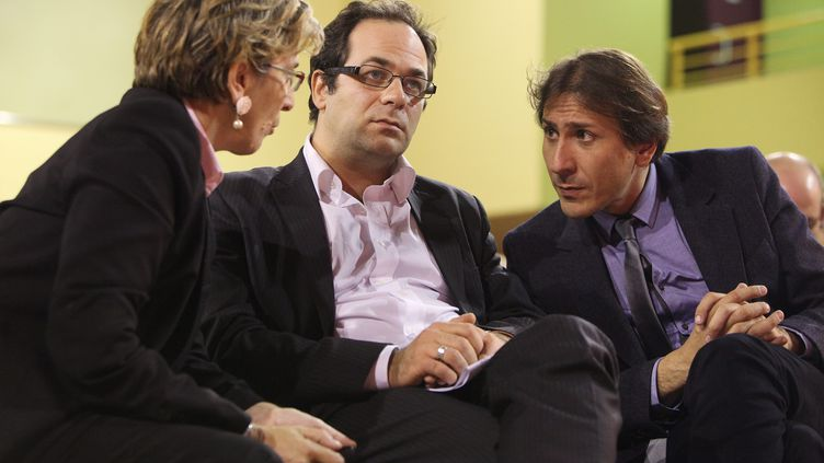 La sénatrice Marie-Noëlle Lienemann, le conseiller régional Emmanuel Maurel et le député Jérôme Guedj, tous trois membres de l'aile gauche du PS, le 9 octobre 2012 à Paris. (MAXPPP)