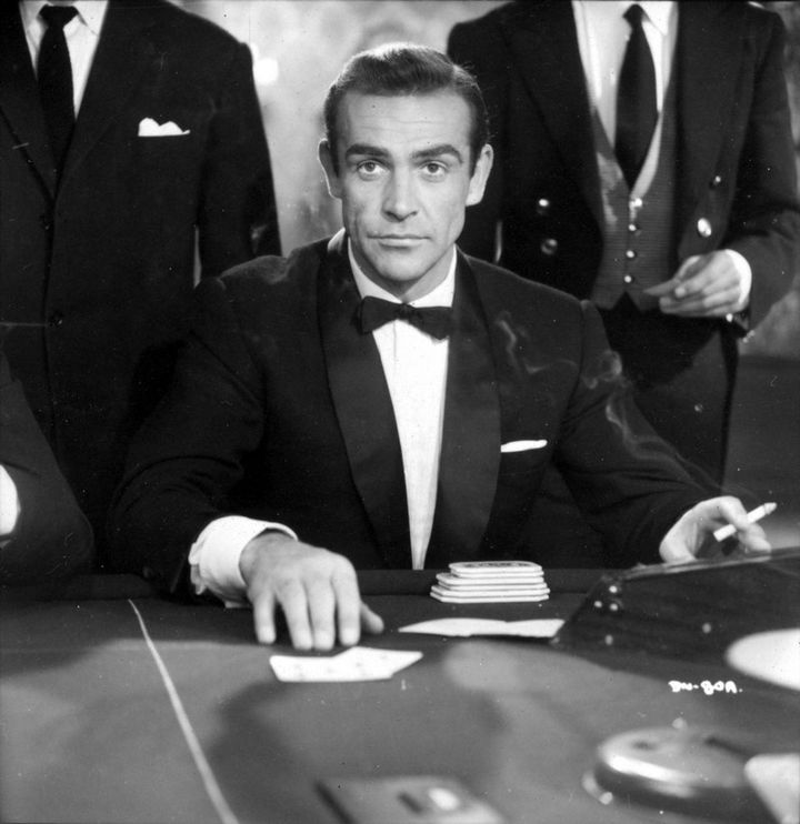 """Sean Connery dans """"James Bond contre Dr. No"""" de Terrence Young  (Sean Connery dans James Bond contre Dr No © 1962 Danjaq, LLC and United Artists Corporation. All rights.)"""